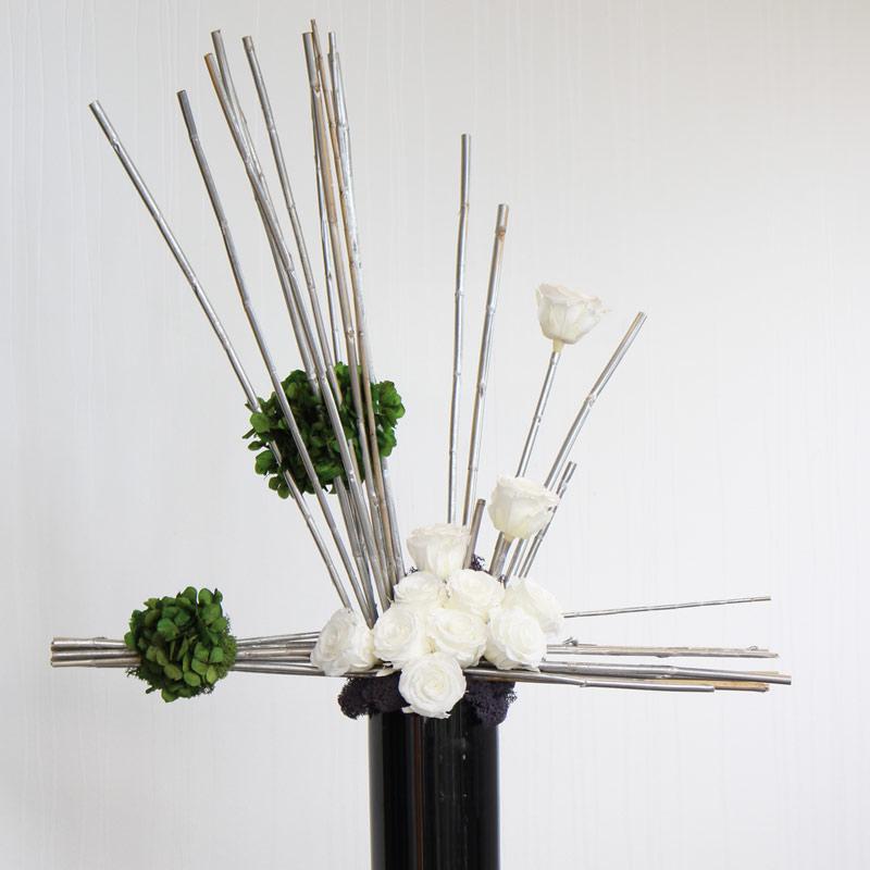 Minimalistic Floristry from Leaflike